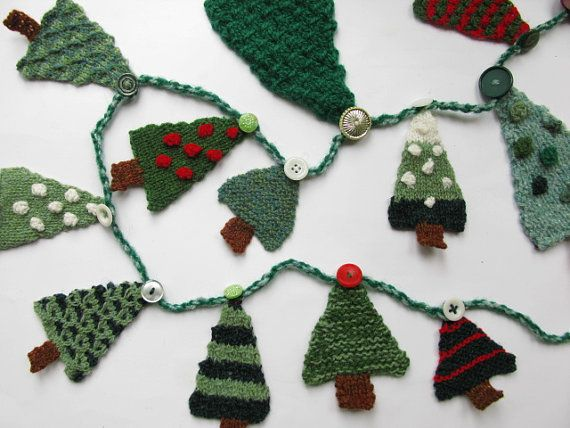 Merry Christmas! This is a pattern for 24 little Christmas trees to hang on an advent garland. Knit one a day for the days leading up to Christmas,
