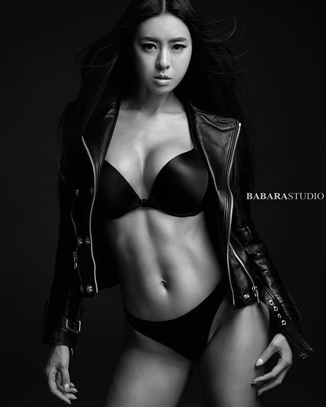 WEBSTA @ sweetyserim - #2016 #bodyprofile #korea#bikinifitness #bikiniathlete #babara #studio #motivation #bodybuilding #fitness #diet #fitgirl #sports #model #hmxbalman #balmanation #balman #victoriasecret #leatherjacket #trendy #fashion #model #韓国 #モデル #キントレ #바디프로필 #비키니피트니스 #화보 #모델 #운동하는여자 #헬스