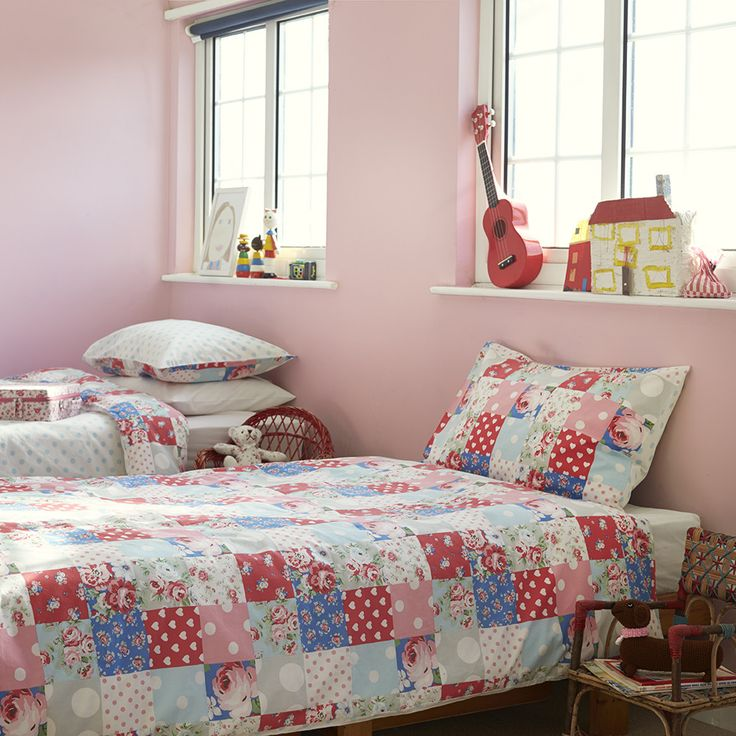 Discover the cath kidston patchwork duvet set multi for Cath kidston bedroom designs