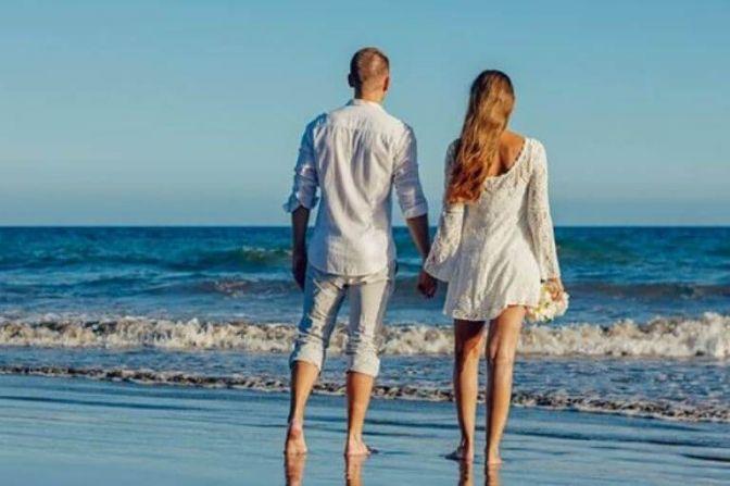 REJSER: Mange af os tager på en eller flere årlige romantiske ferier, og her er det vigtigt at finde en lækker by med et godt hotel. God weekend. Husk at nyde livet og hinanden. #kærlighed #sex #parforhold