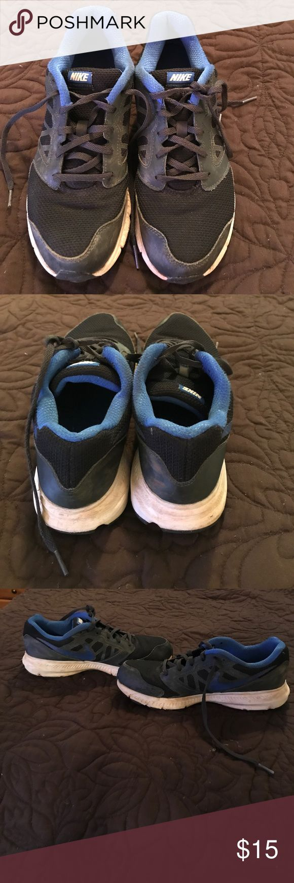 Boys size 7 Nike tennis shoes Gently worn Nike tennis shoes. Boys size 7. These were worn only a few times. They are in used, but very good condition. Shoes Sneakers