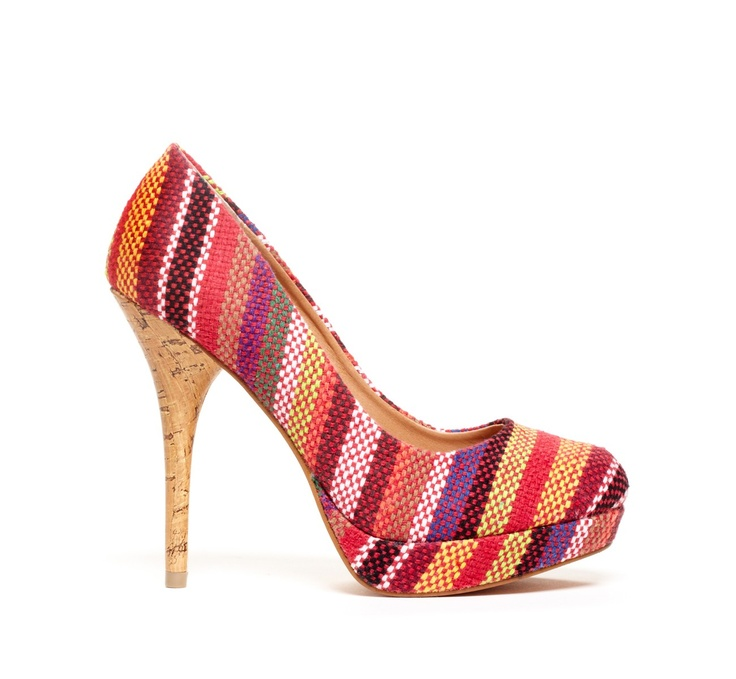 Multi stripe heel