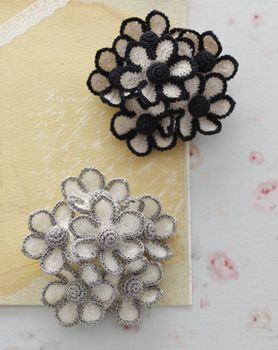crochet flowers brooch