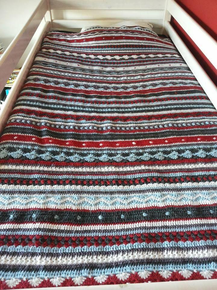 Crochet Along 2014 stripey blanket