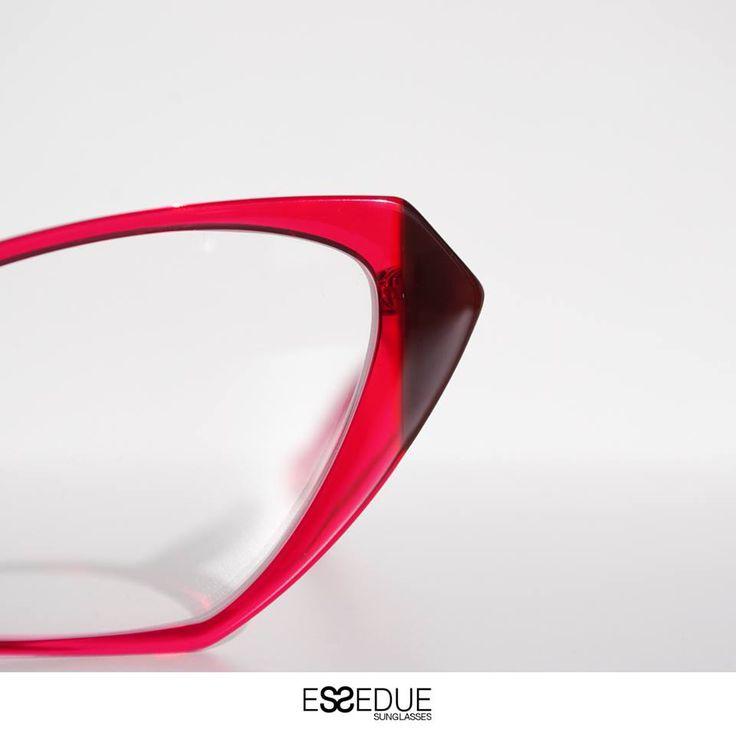 #eyeglasses #essedue #eyewear #occhiali #urbancapsule #cateye