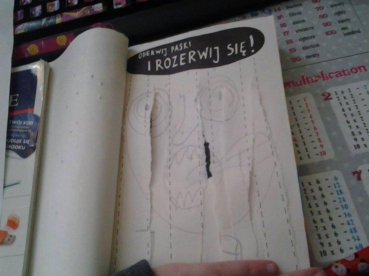 Podesłała Julka Mistela #zniszcztendziennikwszedzie #zniszcztendziennik #kerismith #wreckthisjournal #book #ksiazka #KreatywnaDestrukcja #DIY