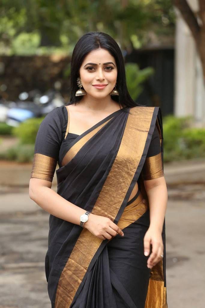 Beautiful Kannur Girl Poorna Photos In Transparent Black Saree