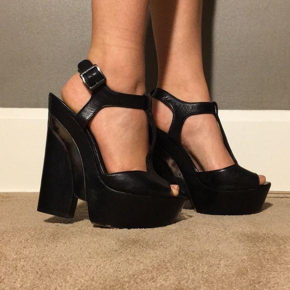 *FLASH SALE* Vince Camuto platform heels t strap Really cool black and silver platform heels with t-strap by Vince Camuto. Worn once. Vince Camuto Shoes Platforms