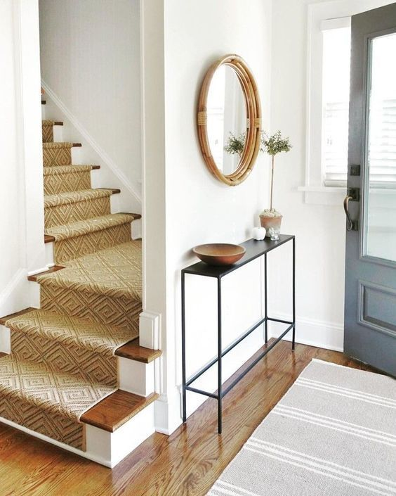 42 Minimal Entryway Decor Ideas With Round Wall Mirror Modern