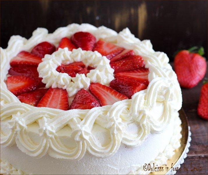 Torta panna e fragole Dulcisss in forno by Leyla