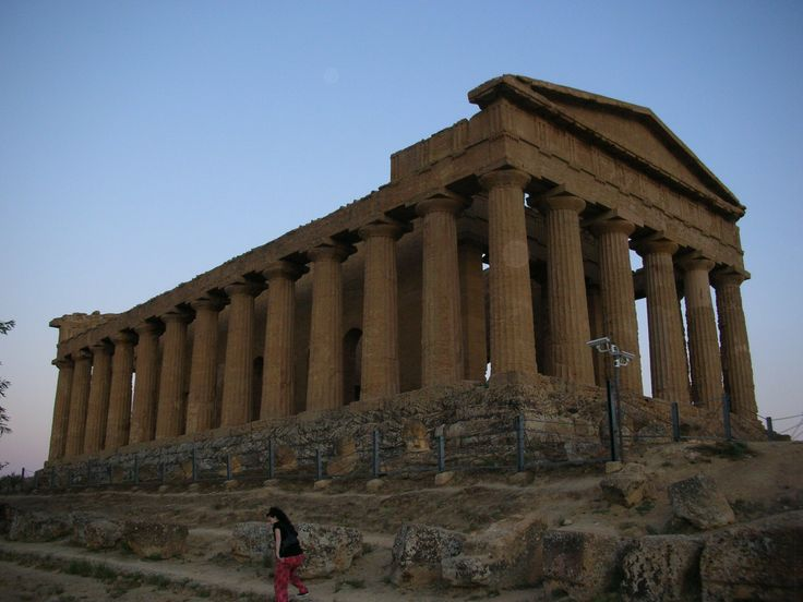 The wanderful Valle dei Templi - Agrigento - Sicily