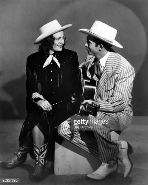 Hank Williams Wife   News Photo : Photo of Hank WILLIAMS with his wife Audrey