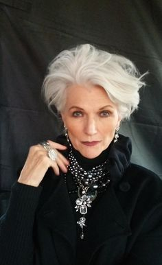 Maye Musk. Gorgeous grey hair - and accessorising