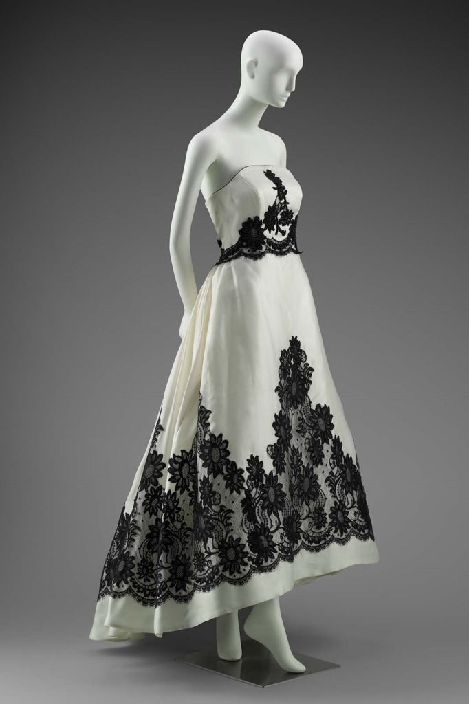 Woman's dress  late 20th century  Designed by Hubert de Givenchy, French, born in 1927 French Designed for House of Givenchy, French, founded 1952  MEDIUM OR TECHNIQUE Plastic horsehair interfacing; cording; lace; plastic beads; plastic boning; metal; silk satin weave; tulle   Museum of Fine Arts, Boston