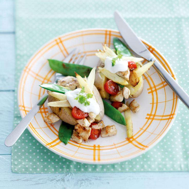 Roergebakken witte asperges met cherrytomaatjes en peultjes
