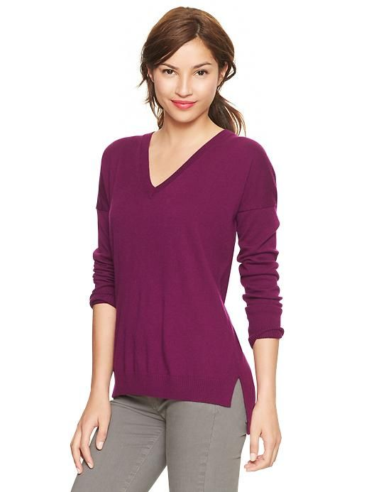 Gap V-necked Eversoft sweater
