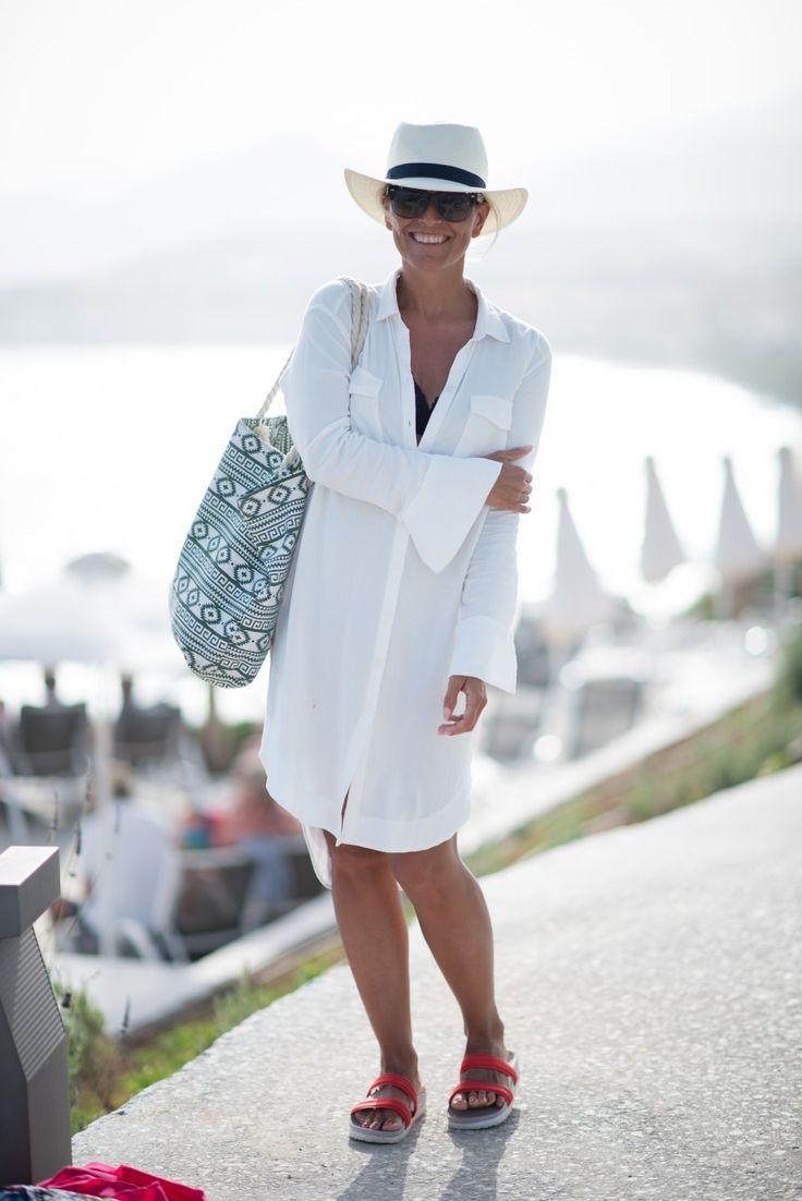 Style...Janka Polliani // summer white shirtdress