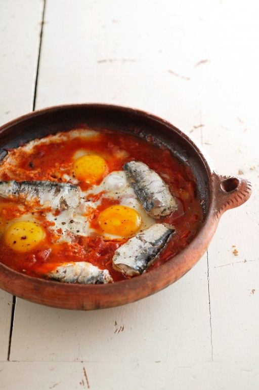 Sardientjes met tomaat en eieren uit Viva Arabia