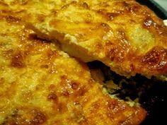 Yλικά για 4 άτομα  4 πατάτες κομμένες σε κομματάκια [σαν λεπτά κυβάκια]  3 μέτρια κρεμμύδια κομμένα σε ροδέλες  8 αυγά  1 ποτήρι γάλ...