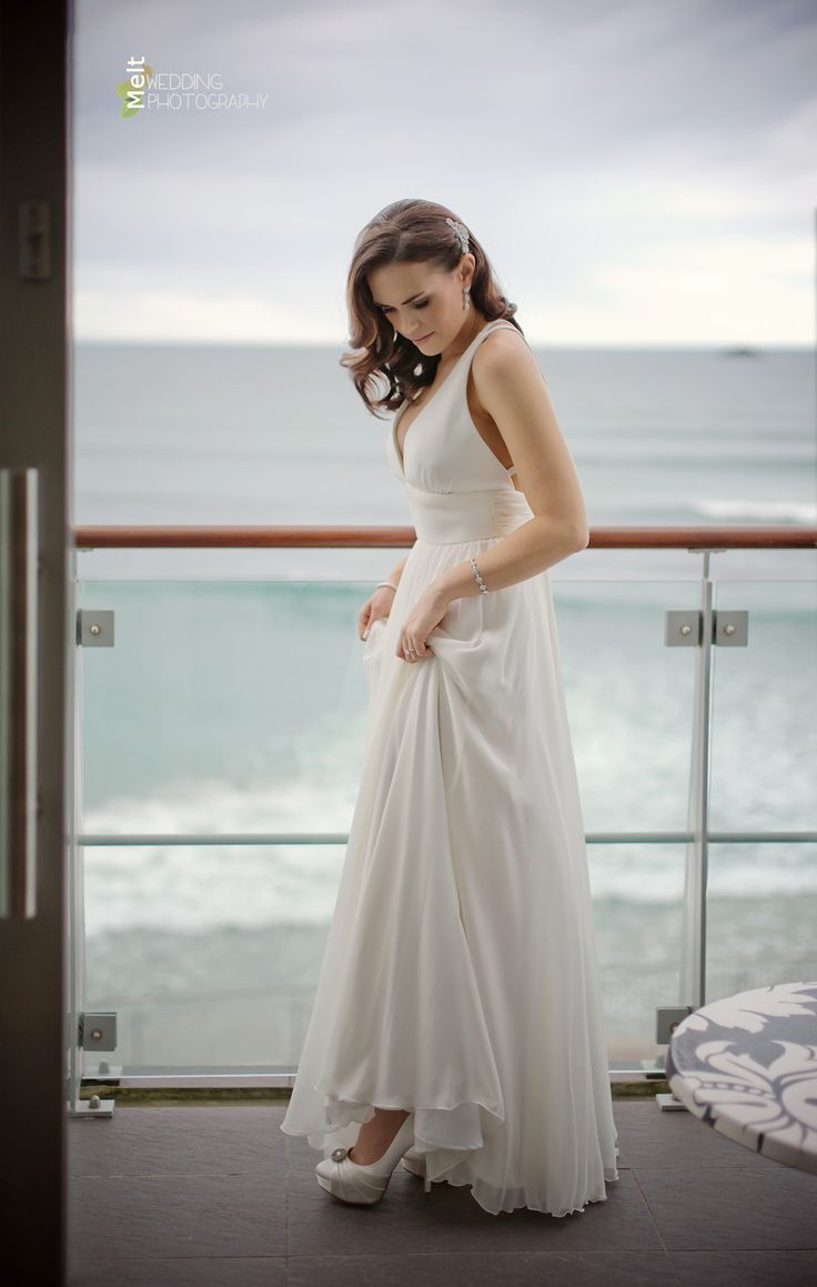 The gorgeous Emma getting ready for her wedding day at The Hotel St Clair, Duneidn, NZ http://www.weddings.meltnz.co.nz/
