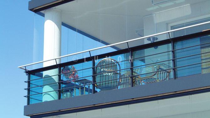 Disfruta de tu balcón todo el año con los Cierres de Cristal Plegables Lumon, con diseños vanguardistas, elegante y con vista panorámica. Conoce nuestro catálogo.