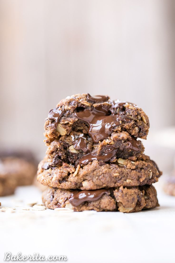 These Oatmeal Chocolate Chip Cookies are gooey in the center with crispy edges and big chocolate chunks, just as the best cookies are! These delicious cookies are gluten-free, refined sugar free, and vegan.