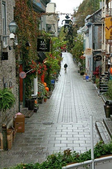 Hermosa ciudad antigua de Quebec ..