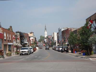 Newmarket Main Street - a great place to stroll, shop and eat.
