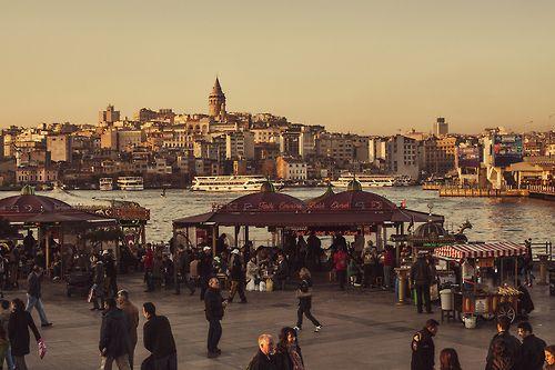 Istanbul, Turkey (by wazari)