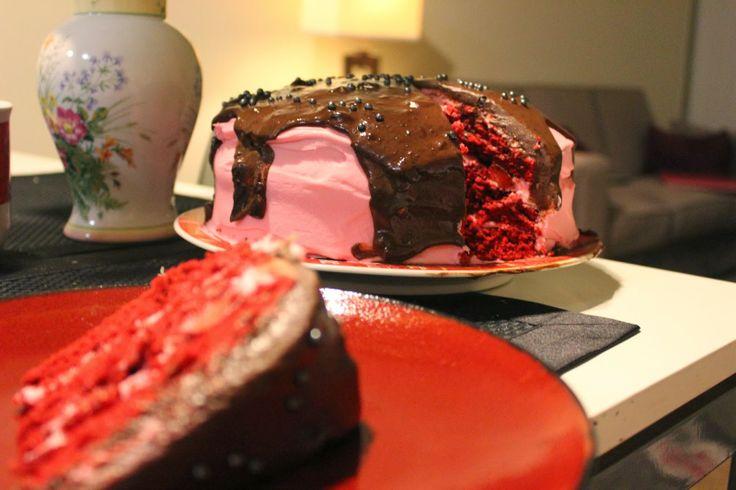 Red Velvet Strawberry Chocolate Cake for #ValentinesDay