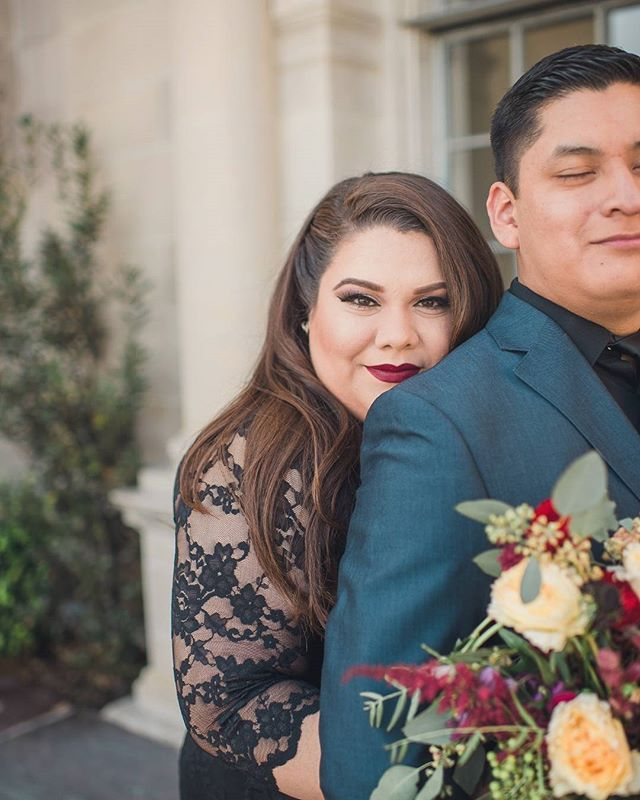 ENGAGEMENT | This is how #love looks.  Double tap if you agree! Today's #engaged couple #featuredonppb is all that and then some. Their love story starts with a wink and a smile in church and the rest is history. Visit the blog to see more from this gorgeous #curvybridetobe by clicking the #linkinourprofile. // Photography: @sunandsparrow | Bride: @veegeelicious | Florals: @laura_instyleblooms | Dress: @lanebryant | Suit: @jcpenney | Makeup: @cintiadav | Hair: Bride to Be…
