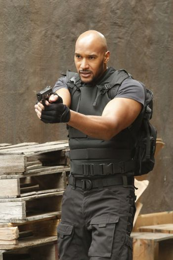 HENRY SIMMONS - Agents of SHIELD Season 3 <--- haha i love that the actor's last name is simmons and fitz's other romantic interest is also Simmons and i ship them both...