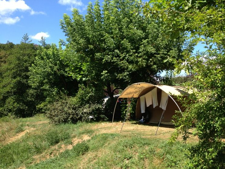 La Chatonniere een kleine groene camping in de Dordogne, Frankrijk