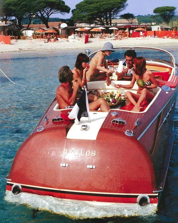 Lunch on the boat: Old Boats, Chris Crafts, Wooden Boats, Vintage Boats, Vintage Summer, Dreams Boats, Summer Fun, Summerfun, Speed Boats