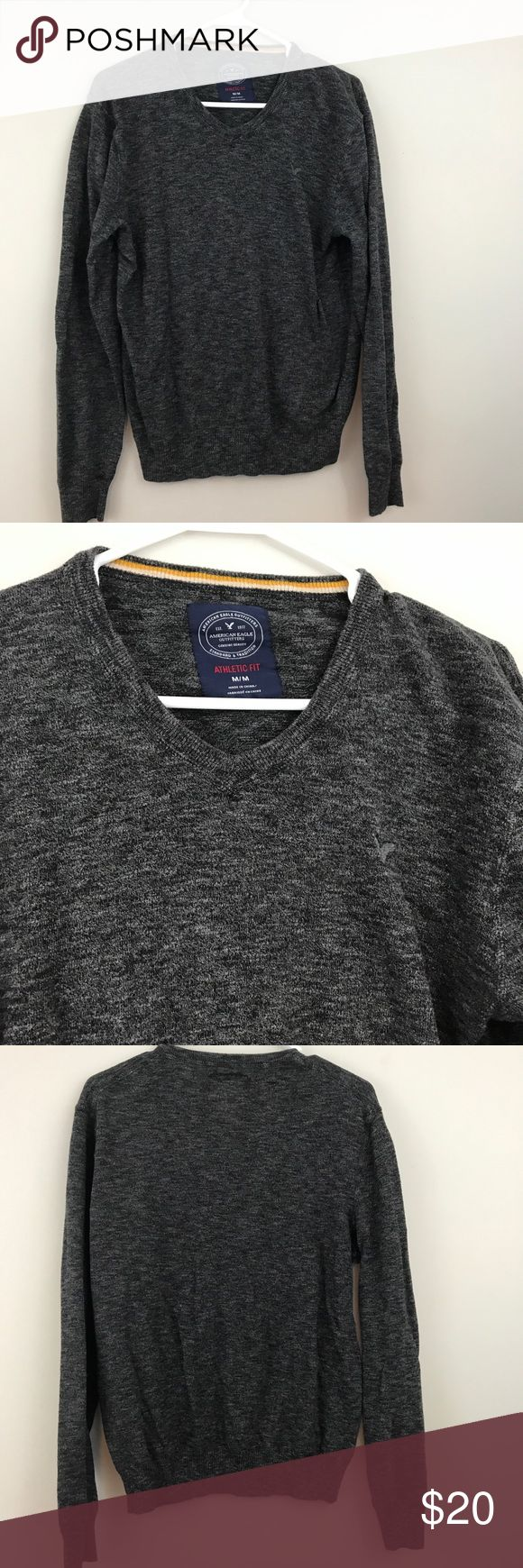 American Eagle gray athletic fit sweater *Pre loved in excellent condition  *Gray athletic fit sweater  *Size M American Eagle Outfitters Sweaters