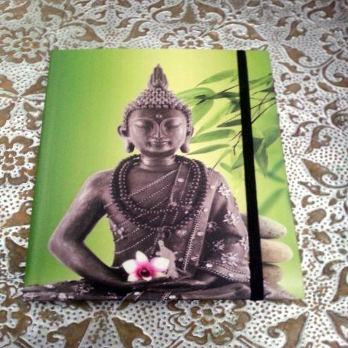 Boeddha notitieboekje met harde kaft en gelinieerd papier. € 3.50