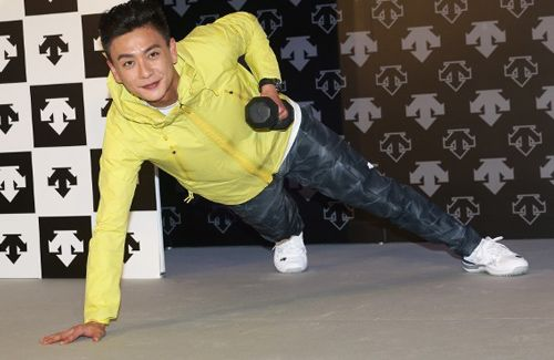 Bosco Wong admits he has not seen his Japanese girlfriend, Jun, in two months due to his busy work schedule.