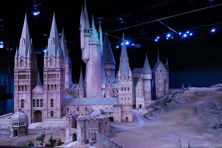 Harry Potter Tour in London https://www.wbstudiotour.co.uk/en
