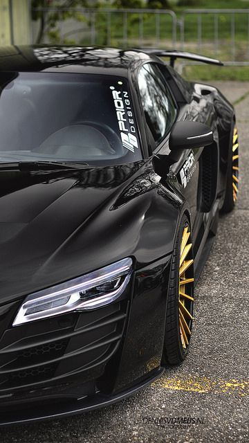 Prior Design R8. Gold rims? Looks agressive!