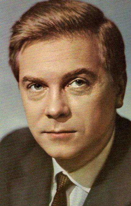 Анатолий Кузнецов.