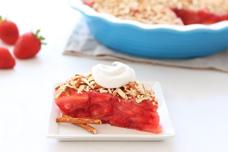 Hungry Girl's Upside-Down Strawberry Pretzel Pie