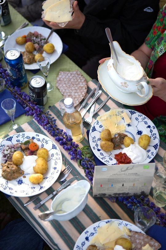 A Swedish Midsummer's Eve Party — 6pm-9pm, Dinner | Apartment Therapy