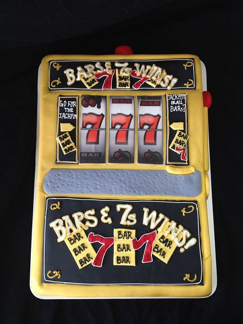 Best 25 Slot Machine Cake Ideas On Pinterest