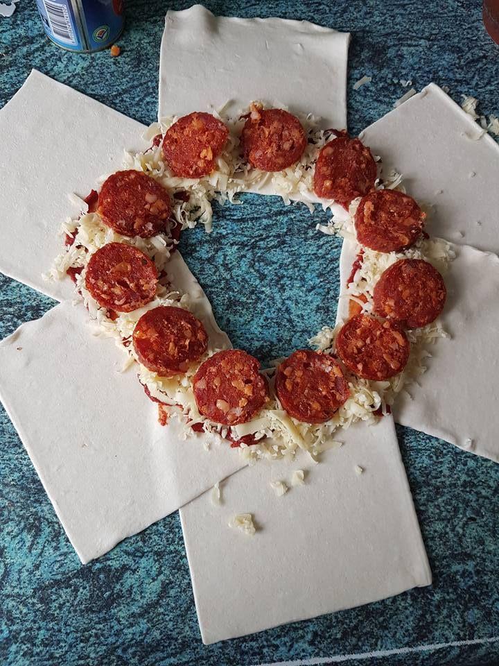Samantha van Eijk heeft een pizza brood gemaakt voor in de airfyer.