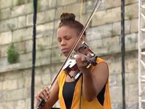 Regina Carter - Full Concert - 08/15/98 - Newport Jazz Festival (OFFICIAL) - YouTube