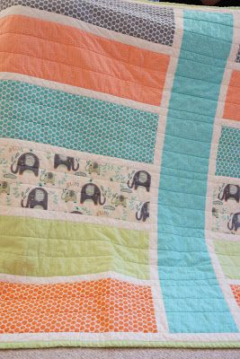 Lo, Ray, & Me: Easy Baby quilt. I have this pattern - think I should make a baby boy quilt using it.