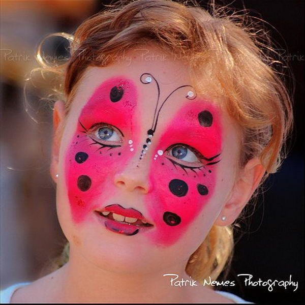 Butterfly. Cool Face Painting Ideas For Kids, which transform the faces of little ones without requiring professional quality painting skills. http://hative.com/cool-face-painting-ideas-for-kids/