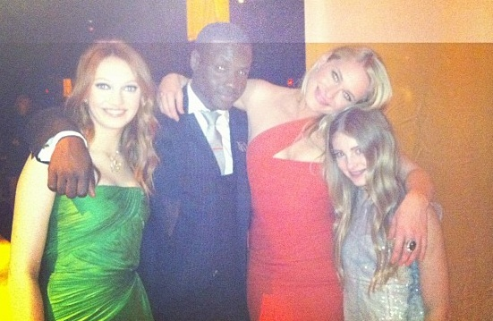 From left to right, Jackie Emerson, Dayo Okeniyi, Leven Rambin, Willow Shields :3