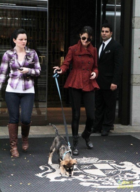 Selena Gomez Outside Her Hotel in Toronto Canada October 25 2011