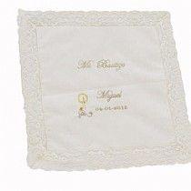 16,76€ Pañuelo o toalla de bautizo bordado con el nombre
